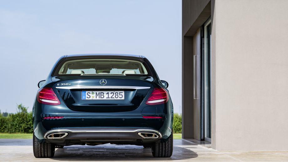 Mercedes-Benz E-Klasse Limousine Heck
