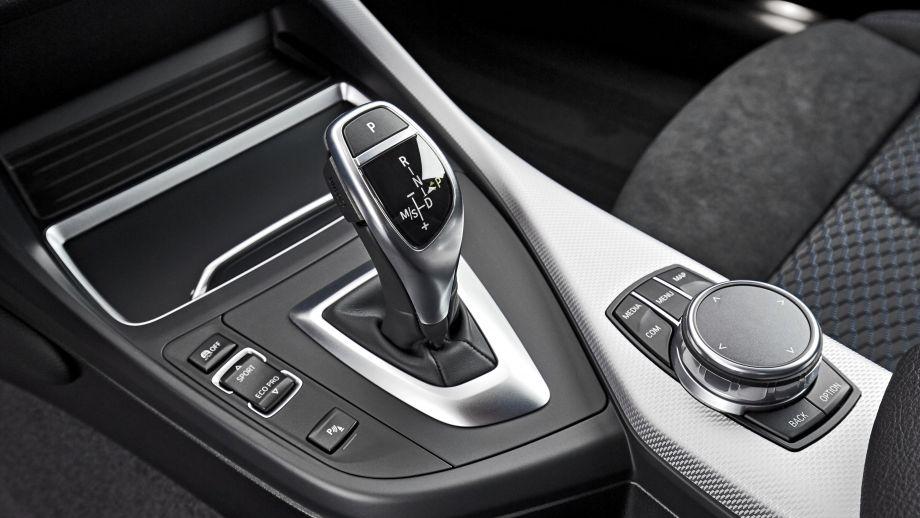 BMW 2er Coupé LCI DKG