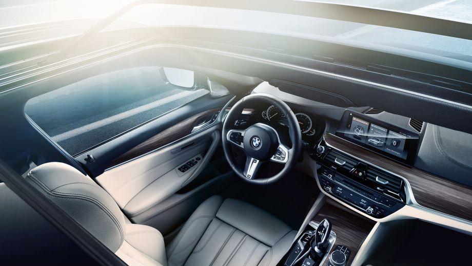 BMW 5er Touring Kombi Interieur