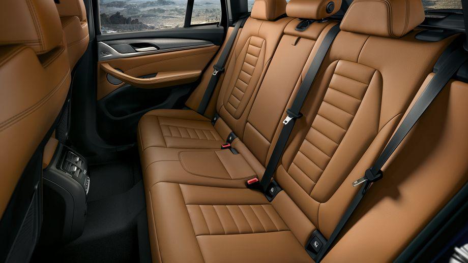 BMW X3 SUV Rückbank