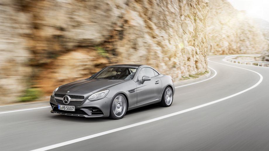 Mercedes-Benz SLC Roadster geschlossen