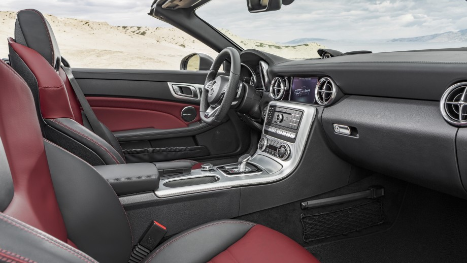 Mercedes-Benz SLC Roadster Interieur