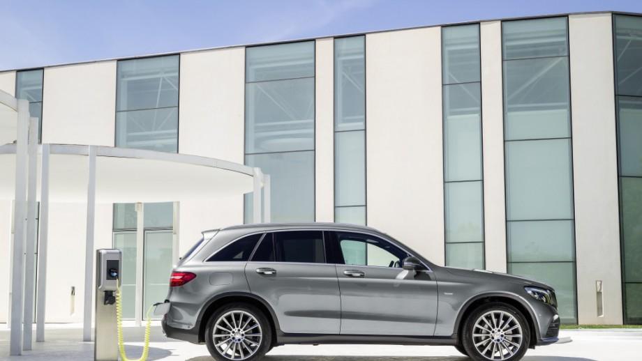 Mercedes-Benz GLC SUV grau