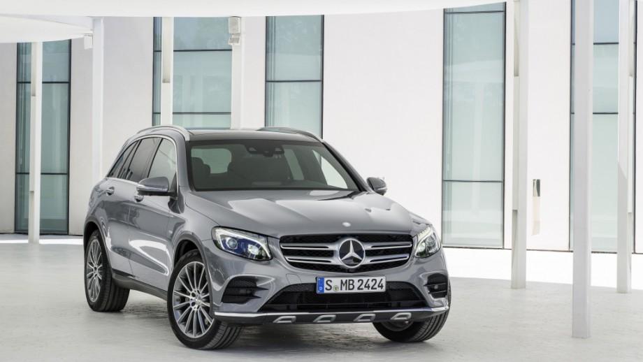 Mercedes-Benz GLC SUV Front