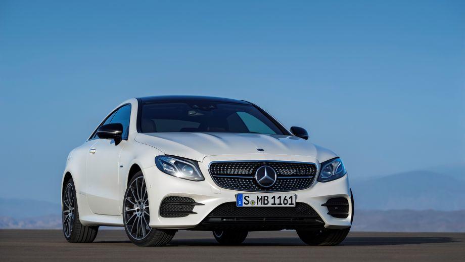 Mercedes-Benz E-Klasse Coupé Front weiss AMG