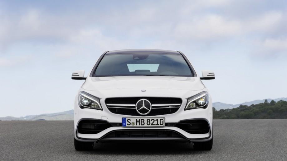 Mercedes-AMG CLA 45 Shooting Brake Front