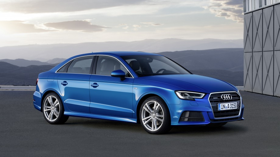 Audi A3 Limousine blau