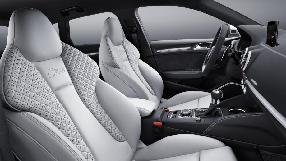 Audi RS3 Sportback Sportsitze