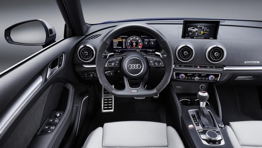 Audi RS3 Sportback Cockpit