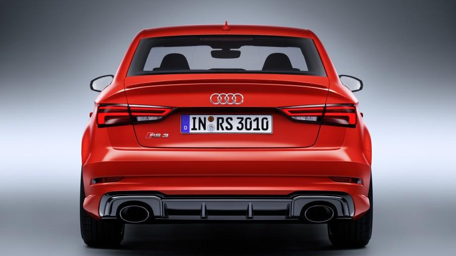 Audi RS3 Limousine Auspuff