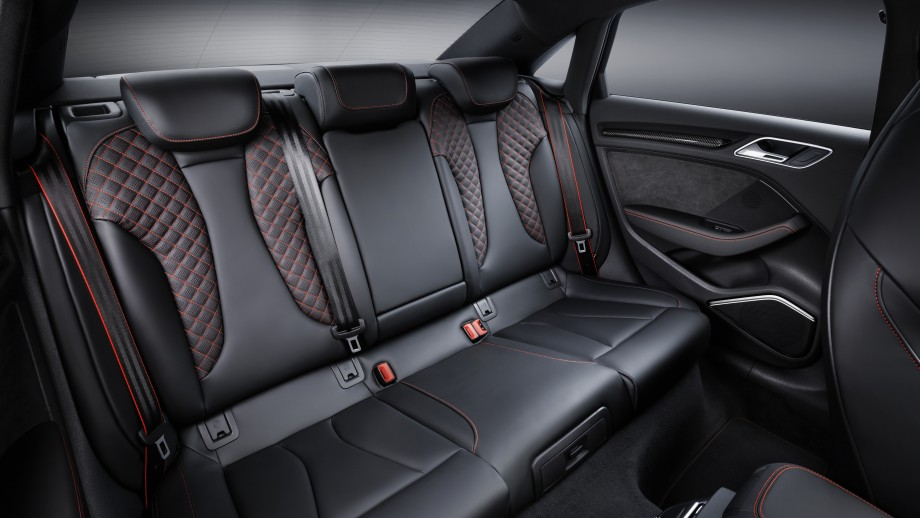 Audi RS3 Limousine Rückbank