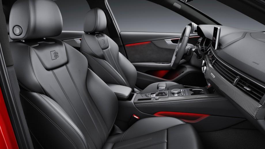 AUDI S4 Limousine