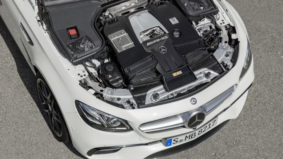 Mercedes-AMG E63 4MATIC+ Kombi 4.0 V8 Biturbo