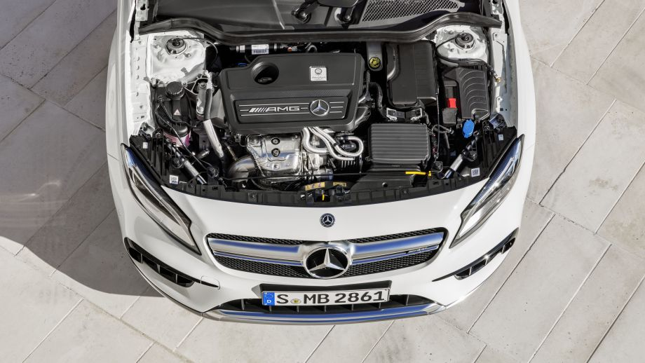 Mercedes-AMG GLA 45 SUV 2.0 Turbo