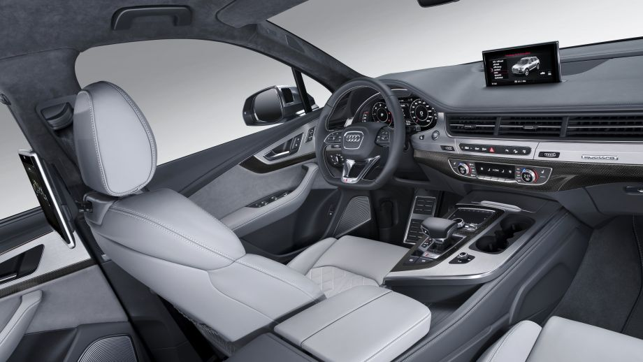AUDI SQ7 SUV