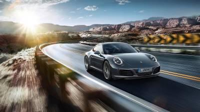 Porsche 911<br/>Carrera