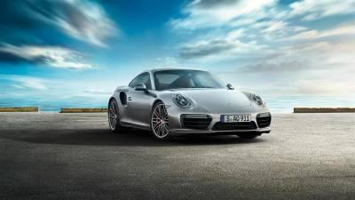 Porsche 911<br/>Turbo