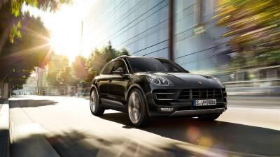 Porsche Macan<br/>Turbo