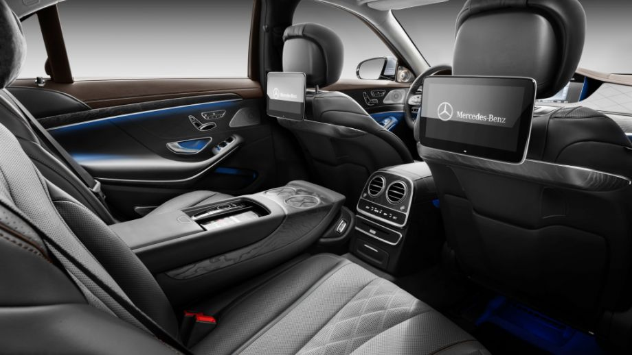 Mercedes-Benz S-Klasse Limousine Rücksitz
