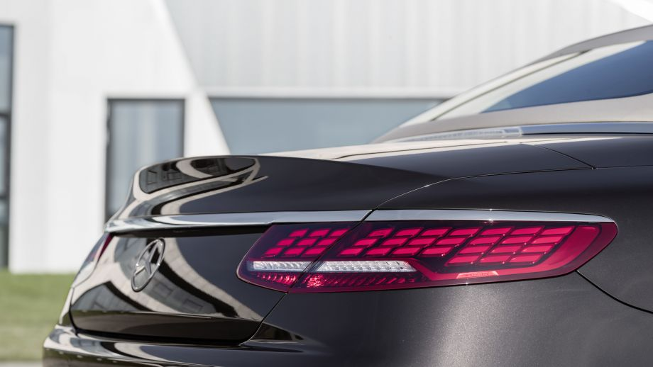 Mercedes-Benz S-Klasse Cabriolet OLED-Rückleuchten