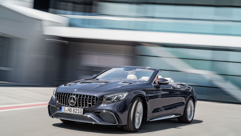 Mercedes-AMG S65 Cabriolet fahrend