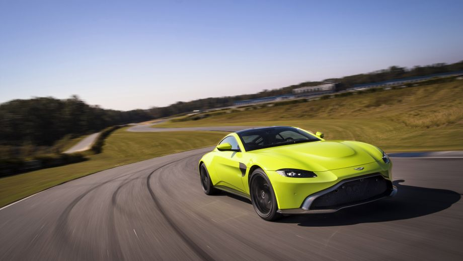Aston Martin Vantage Front gelb