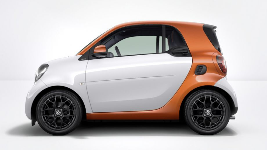 Smart Fortwo Weiss Lavaorange Seite