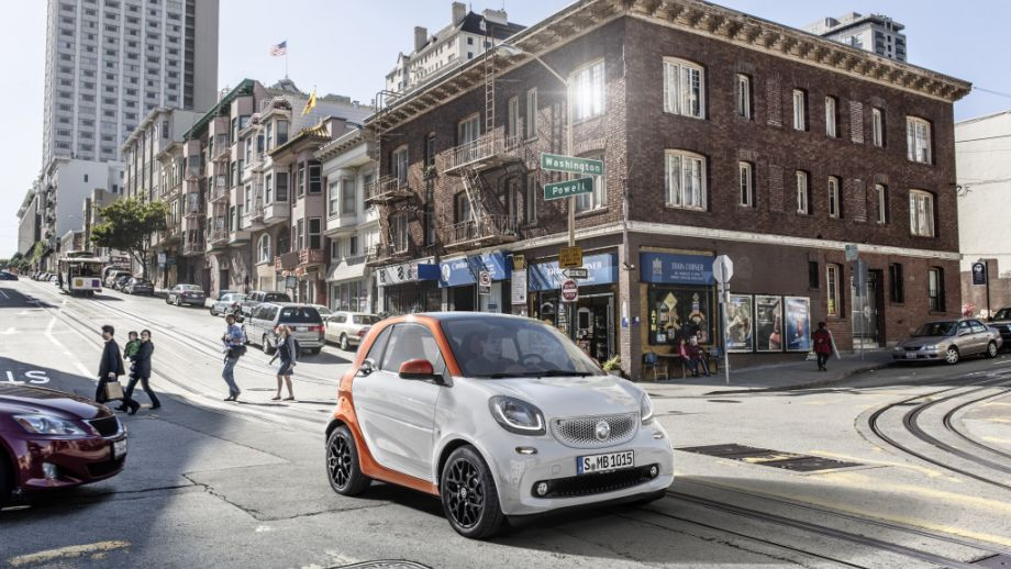 Smart Fortwo Weiss Lavaorange Stadt
