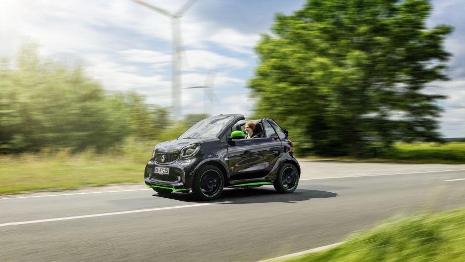 Smart Fortwo Cabrio Electric Drive fahrend