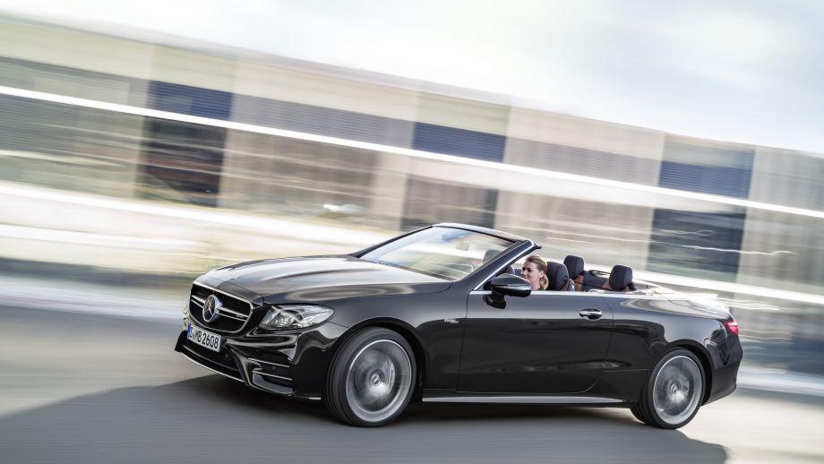 Mercedes-AMG E53 4MATIC+ Cabriolet Seite
