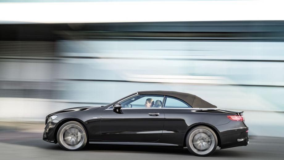 Mercedes-AMG E53 4MATIC+ Cabriolet geschlossen