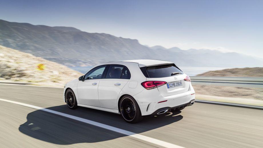 Mercedes-Benz A-Klasse White Pearl Seite