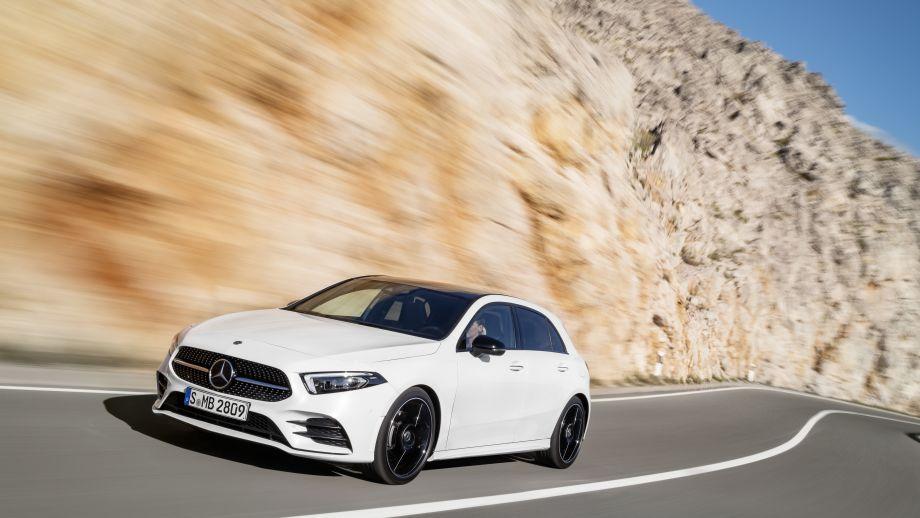 Mercedes-Benz A-Klasse White Pearl Front