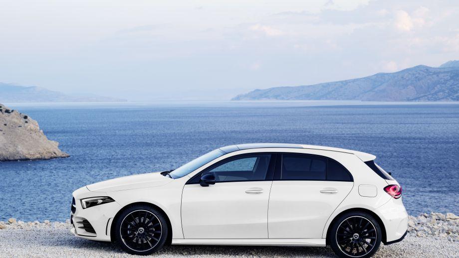 Mercedes-Benz A-Klasse White Pearl Seite 2018