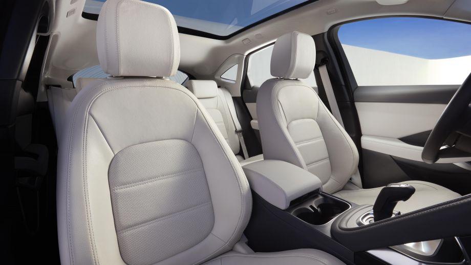 Jaguar E-Pace SUV 2018 Caesium Blue Interieur