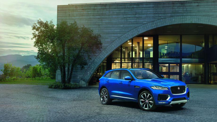 Jaguar F-Pace S Front