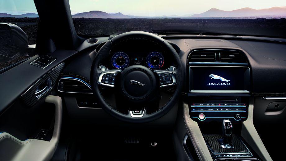 Jaguar F-Pace SVR Lenkrad