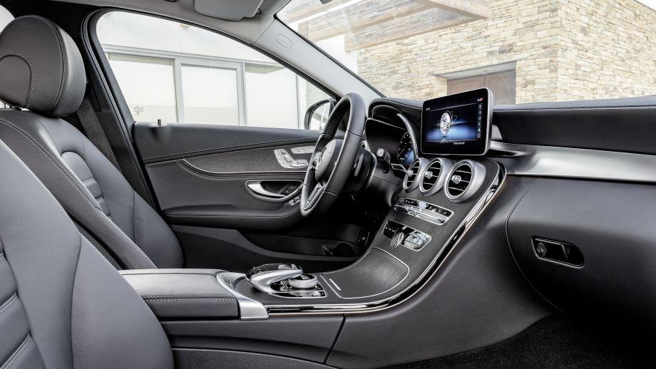 Mercedes-Benz C-Klasse Limousine Facelift 2018 Interieur