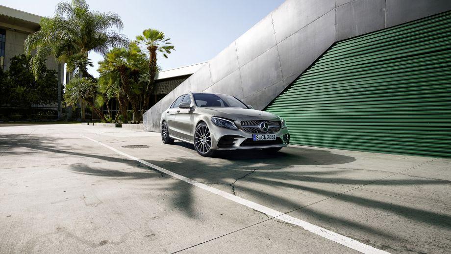 Mercedes-Benz C-Klasse Limousine Facelift 2018 Front