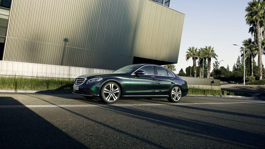 Mercedes-Benz C-Klasse Limousine Facelift 2018 Seite