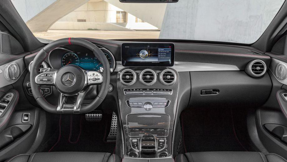 Mercedes-AMG C 43 4MATIC Limousine Cockpit