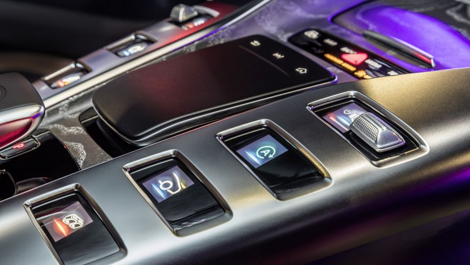 Mercedes-AMG GT 63 S 4MATIC+ V8 Mittelkonsole