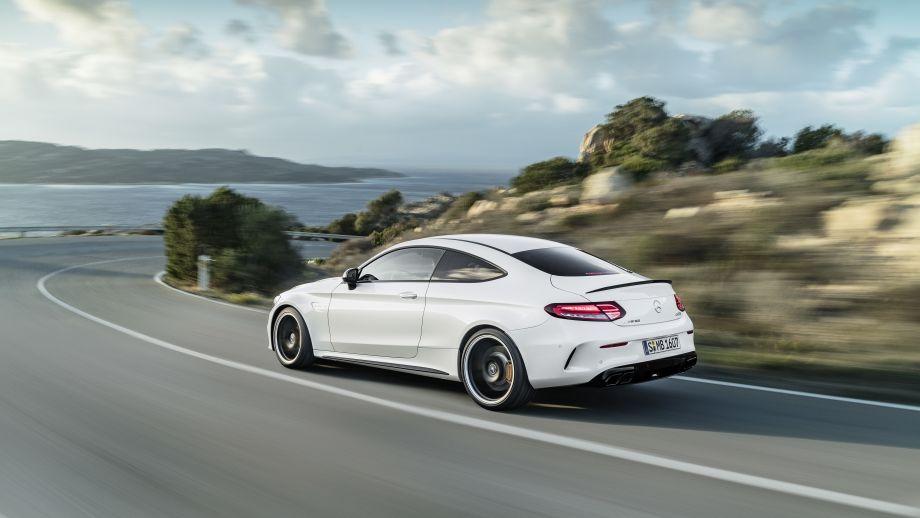 Mercedes-AMG C 63 S Coupé Heck Facelift 2018 fahrend