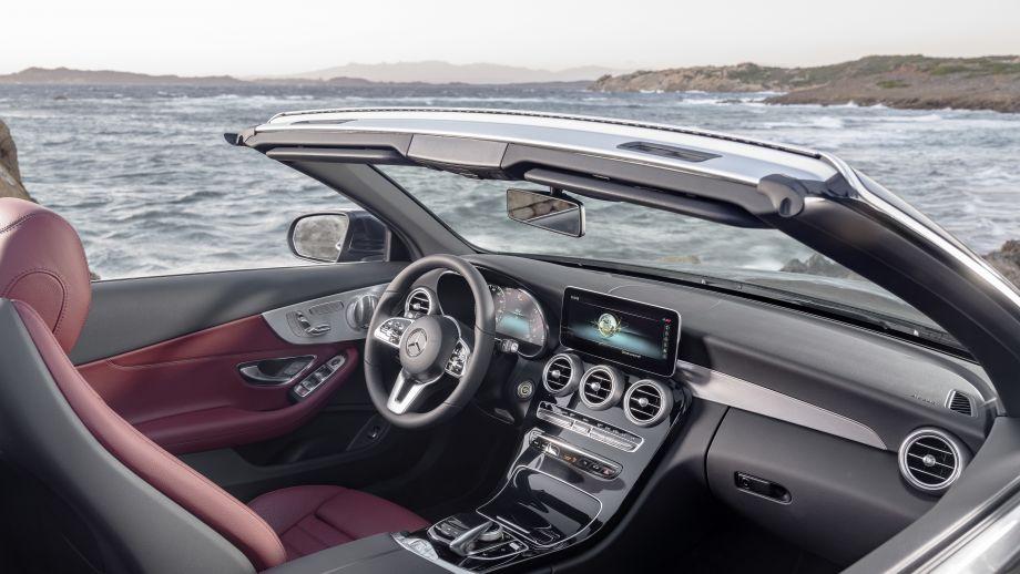 Mercedes-Benz C-Klasse Cabriolet Facelift Interieur 2018