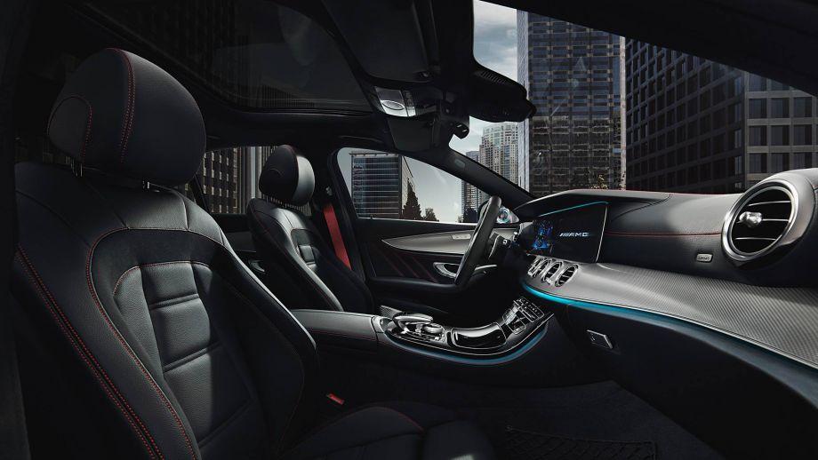 Mercedes-AMG E53 4MATIC+ T-Modell Kombi Interieur