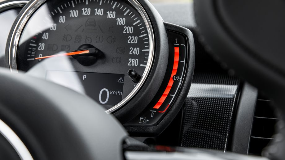 MINI Cooper S 3-Türer Facelift 2018 Tacho