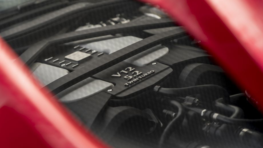 Aston Martin DBS Superleggera V12 Twin-Turbo