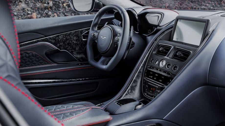 Aston Martin DBS Superleggera Interieur