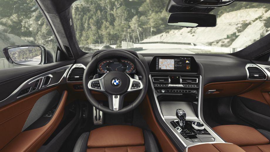 BMW 8er Interieur