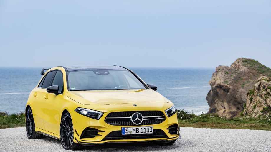 Mercedes-AMG A35 4MATIC Twinblade Grill